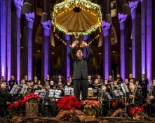 Concert de Nadal amb Coral Càrmina, Conjunt de metalls del Conservatori del Liceu i Albert Guinovart, Sagrada Família 15.12.2013
