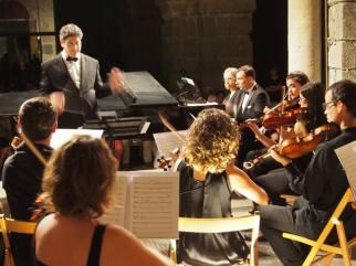 Concert al Festival de St. Pere de Roda amb els pianistes Carles Lama i Sofia Cabruja i l'Orquestra Terres de Marca, 7.8.2016